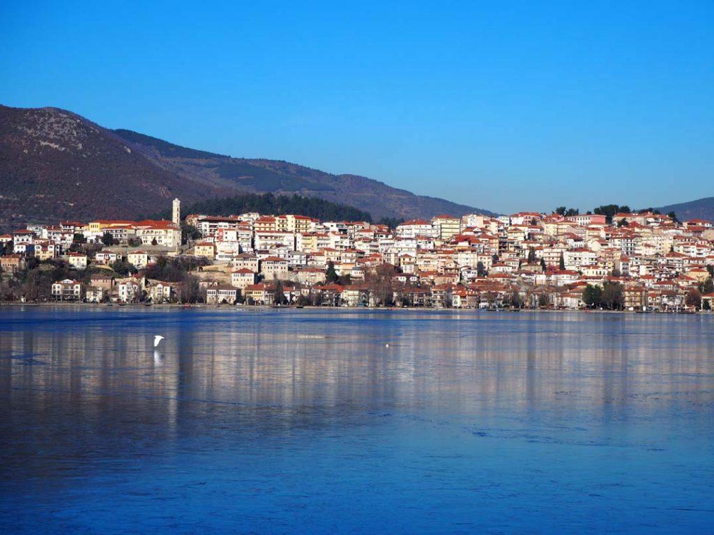 Καστοριά: Δίχως Ραγκουτσάρια, καρναβαλιστές και χάλκινα – Μείωση τζίρου στο 95% (ΦΩΤΟ)