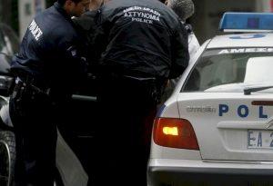 Κυψέλη: Αυτά εντόπισε η ΕΛ.ΑΣ. στην παράνομη λέσχη που συνελήφθη γνωστός τραγουδιστής