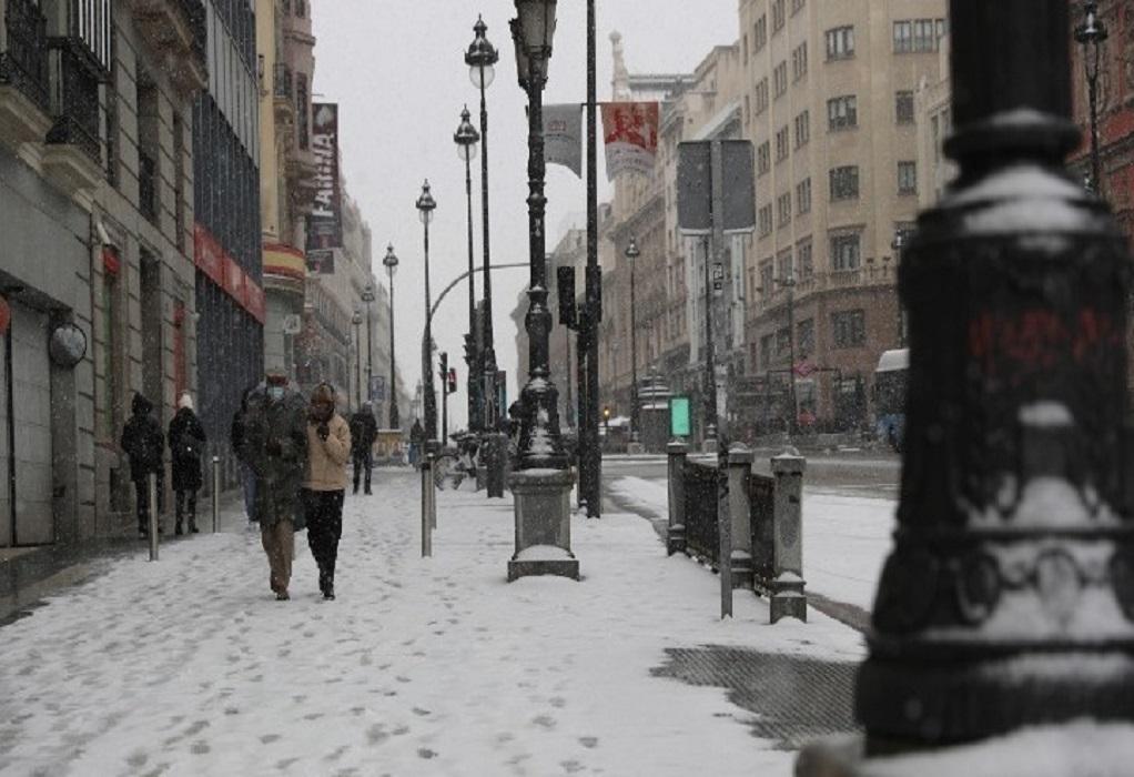Ιστορικό κύμα ψύχους πλήττει τις ΗΠΑ από ανατολή σε δύση