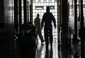 Κορωνοϊός: Διασωληνωμένο σε ΜΕΘ βρέφος 20 ημερών
