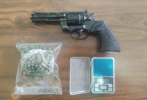 Καβάλα: Συνελήφθη άνδρας για ναρκωτικά και παράνομη οπλοκατοχή