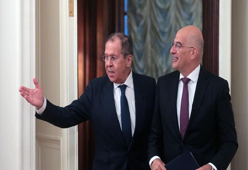 Οι σχέσεις Ελλάδας και Ρωσίας στην επικοινωνία Δένδια – Λαβρόφ