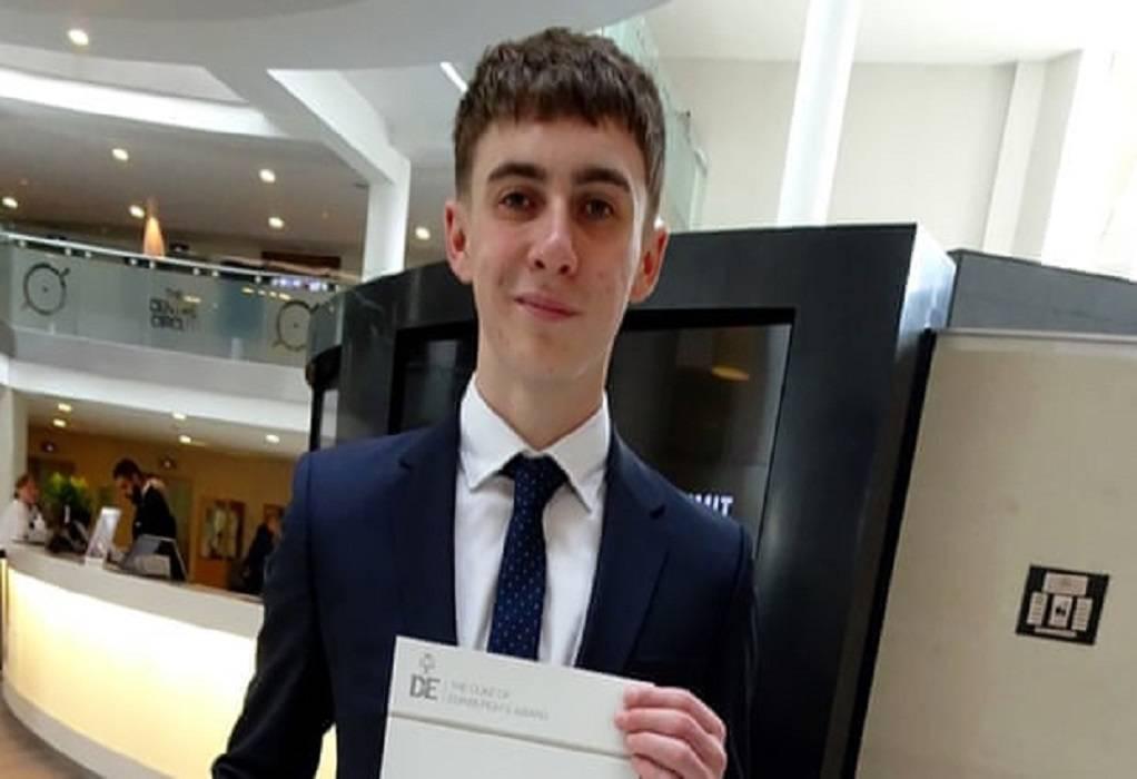 Βρετανία: 19χρονος ξύπνησε από κώμα και δεν γνωρίζει τίποτα για την πανδημία