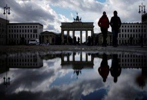 Γερμανία-Covid-19: Ξεπέρασαν τους 70.000 οι θάνατοι