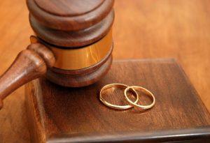 Έρχονται τα διαζύγια με ένα κλικ – Τι προβλέπει το νέο νομοσχέδιο