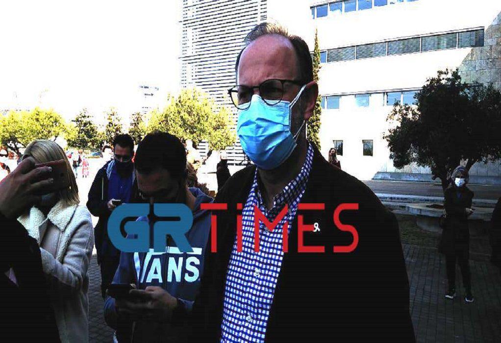 Δρ. Τσαβλής: Δεν παραιτούμαι για τα εμβόλια
