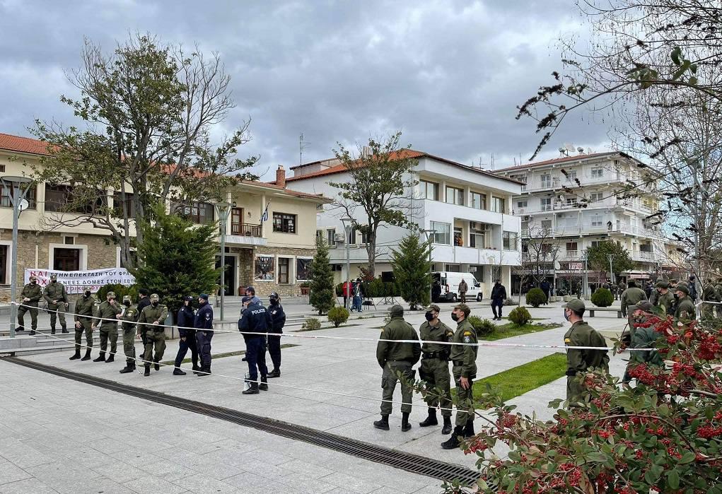 """""""Θερμή"""" υποδοχή Μηταράκη στην Ορεστιάδα – Συγκέντρωση κατά του ΚΥΤ στο Φυλάκιο (VIDEO)"""