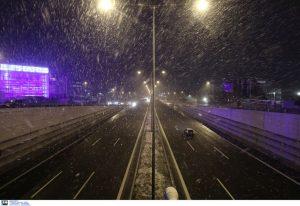 Διακοπή κυκλοφορίας στην ΕΟ Αθηνών- Λαμίας. Κλειστοί δρόμοι σε όλη τη χώρα (ΦΩΤΟ)