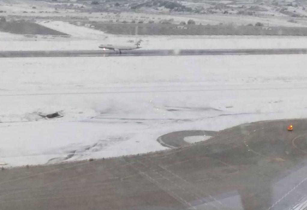 Καλύφθηκε από χιόνι το αεροδρόμιο Ελ. Βενιζέλος (ΦΩΤΟ)