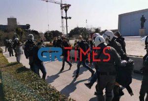 Επεισόδια ΑΠΘ: Οι μισοί συλληφθέντες είναι εξωπανεπιστημιακοί