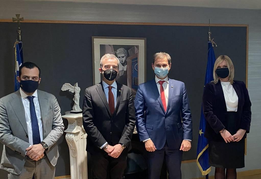 Συνάντηση Ζέρβα με τον υπουργό Τουρισμού