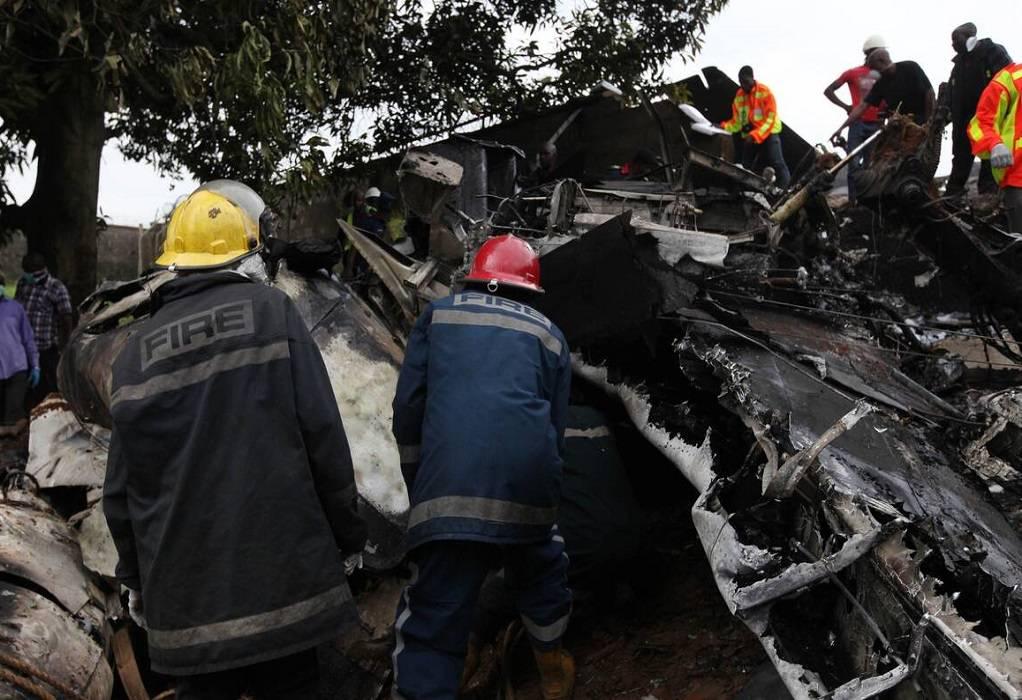 Νιγηρία: Συντριβή στρατιωτικού αεροσκάφους – Νεκροί οι επιβαίνοντες