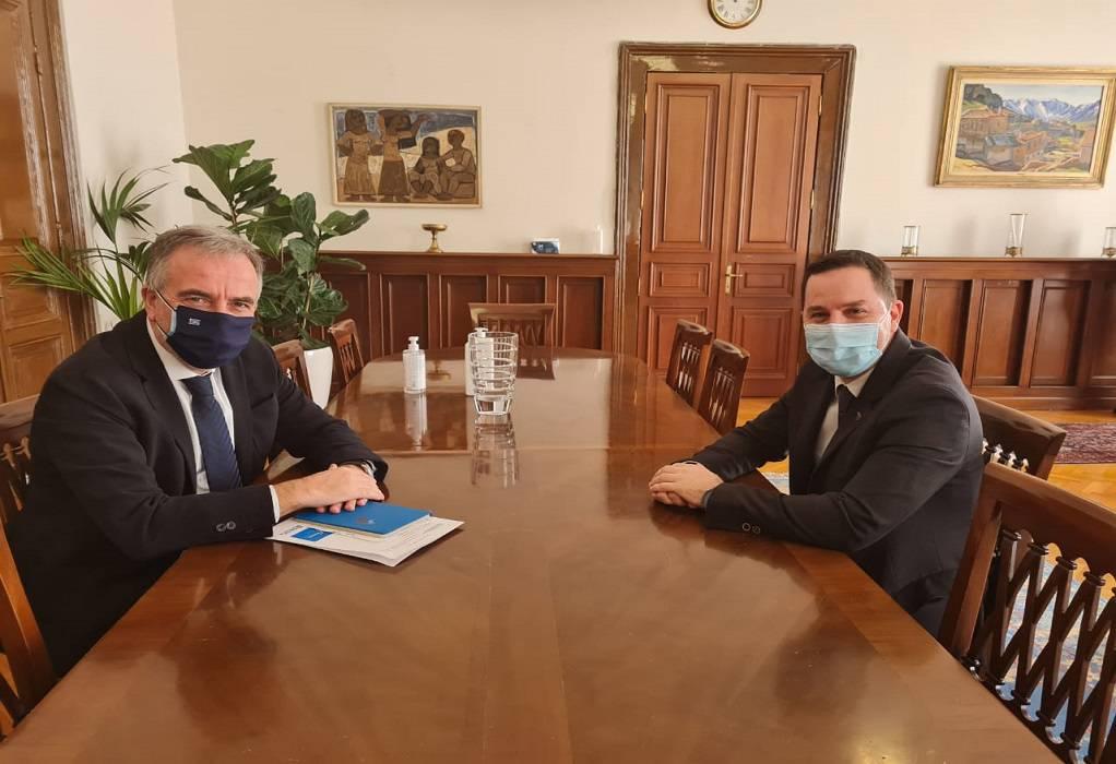 Συνάντηση Καλαφάτη με τον πρόεδρο ΔΣΘ