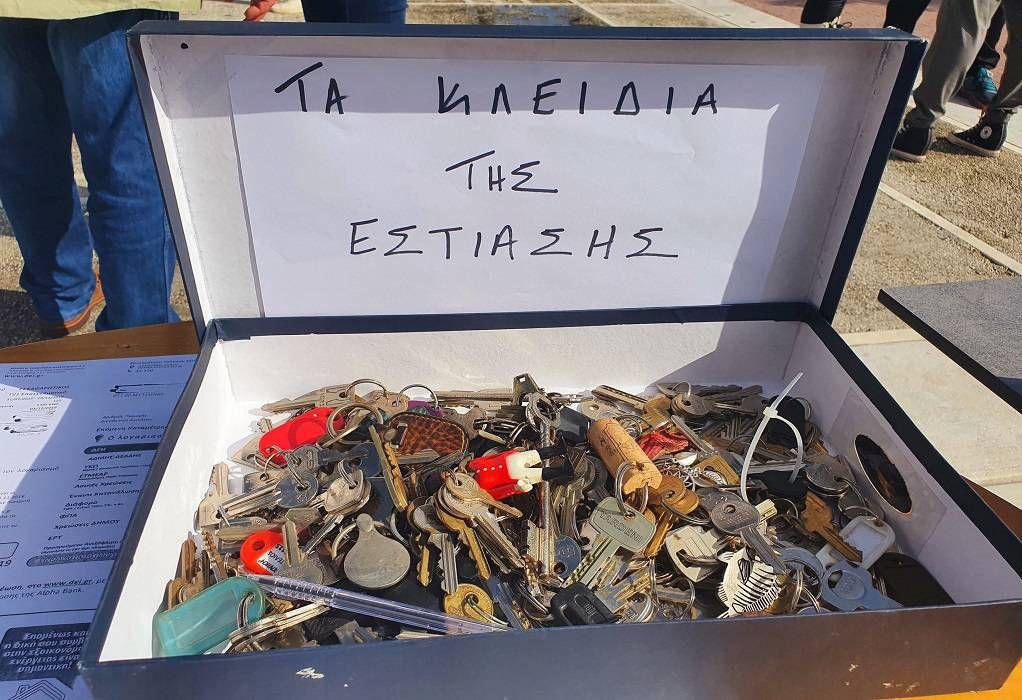 Εστίαση: Γέμισαν οι κατσαρόλες με… κλειδιά – Πόσα θα παραδοθούν στο Μαξίμου (ΦΩΤΟ)