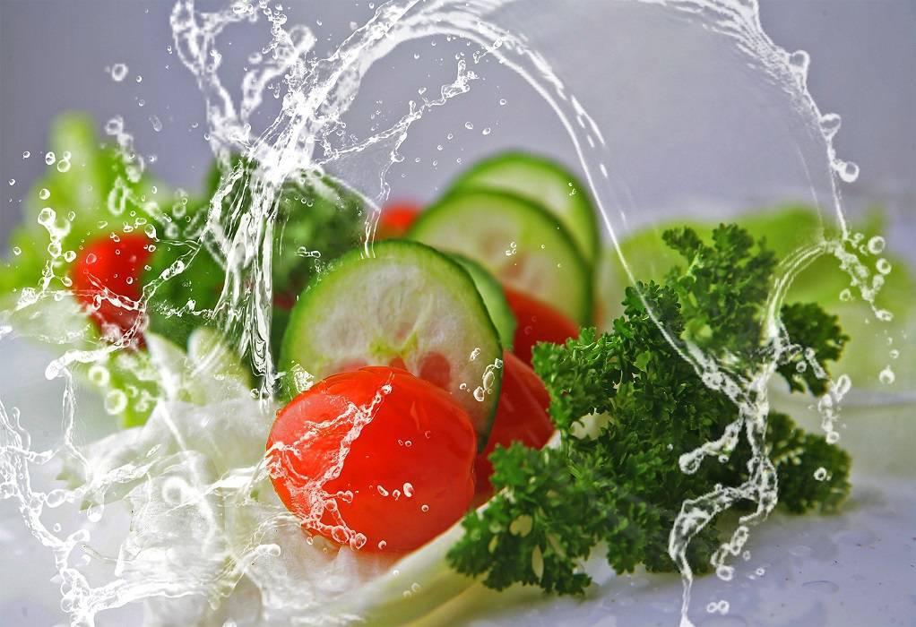 Κορωνοϊός: Ποιες τροφές μειώνουν τον κίνδυνο
