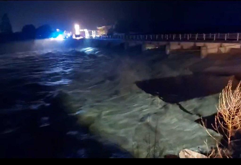 Λέσβος: Φούσκωσε επικίνδυνα ο Τσικνιάς από τις σφοδρές βροχοπτώσεις (VIDEO)