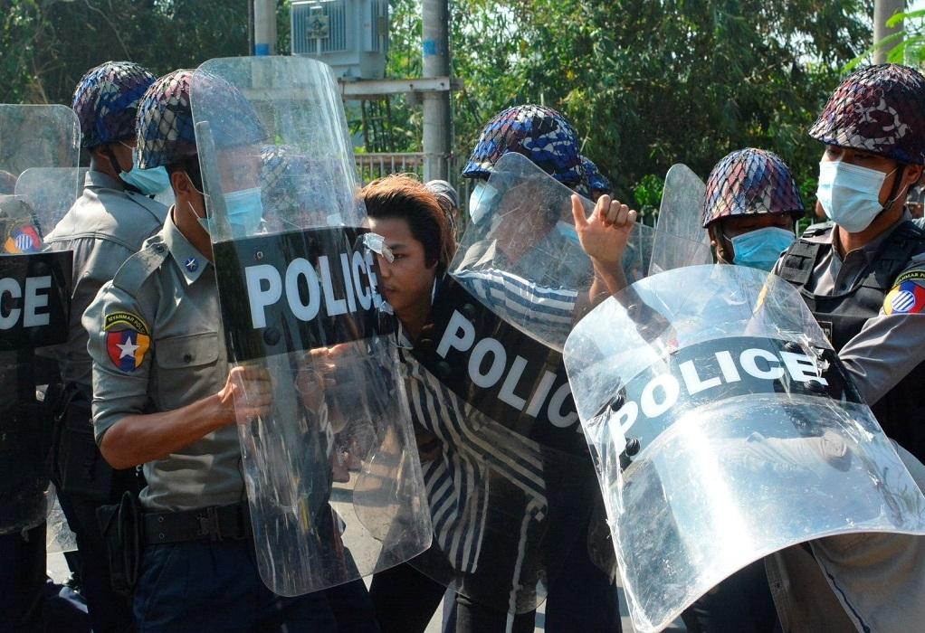 Μιανμάρ: Τουλάχιστον 18 νεκροί διαδηλωτές σε μια ημέρα