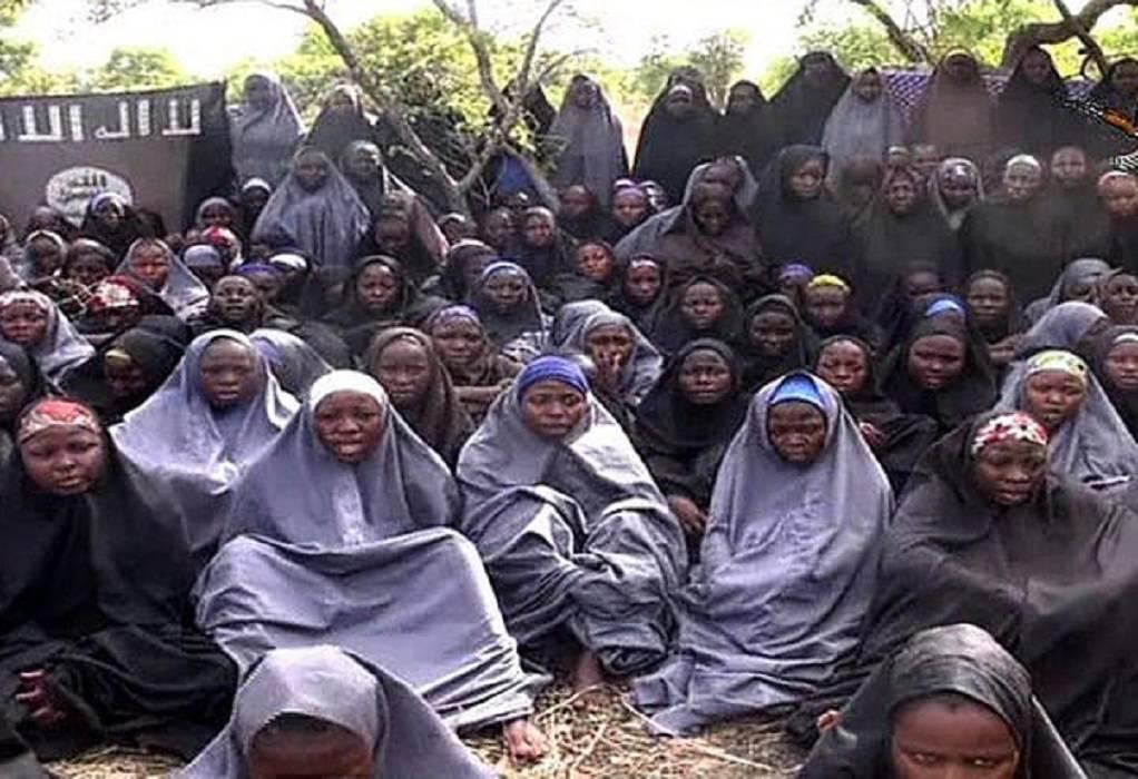 Νιγηρία: Ελεύθερες εκατοντάδες μαθήτριες που είχαν απαχθεί