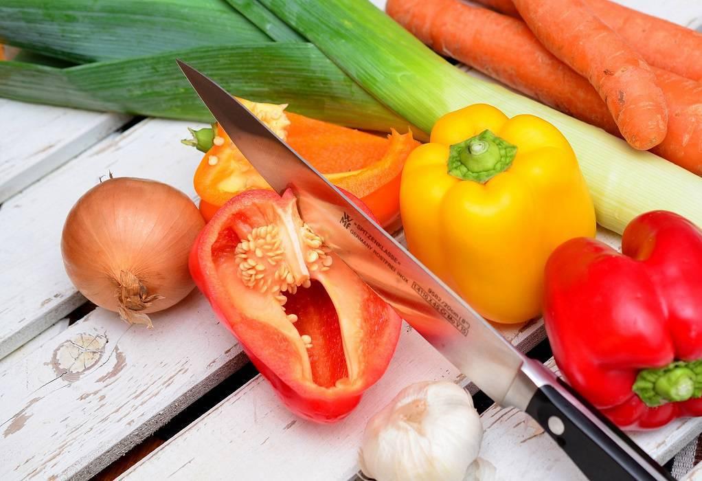 Πολύχρωμες πιπεριές: Τι τις ξεχωρίζει ανάμεσα στα υπόλοιπα λαχανικά;