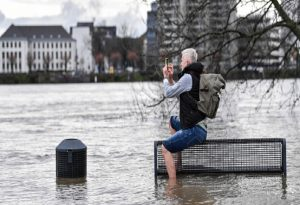 Σφοδρές πλημμύρες στη Γερμανία – Υδάτινος εφιάλτης στην Έσση
