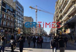 Θεσ/νίκη: Πορεία στο κέντρο μετά τη συγκέντρωση στα δικαστήρια