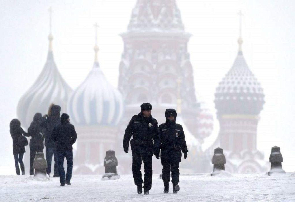 Ρωσία:  8.817 νέα κρούσματα Covid-19 και 357 θάνατοι