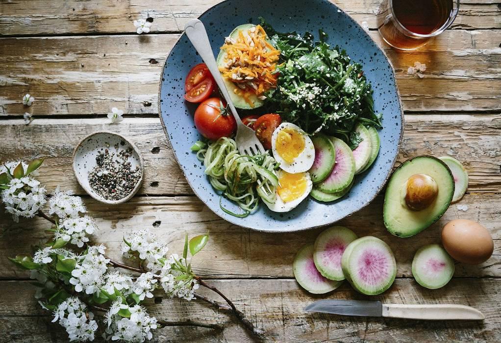 Διατροφή: Δώδεκα υγιεινές τροφές που θα σας γεμίσουν ενέργεια