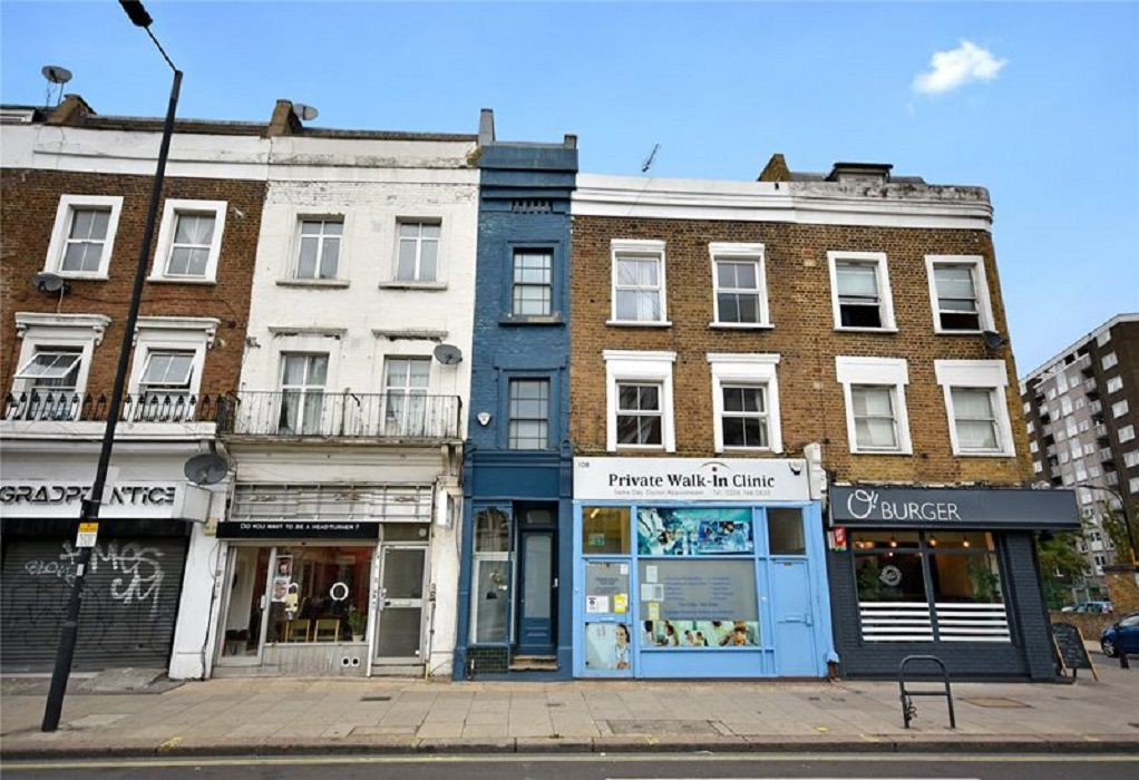 Το στενότερο σπίτι του Λονδίνου πωλείται έναντι 1,1 εκατ. ευρώ