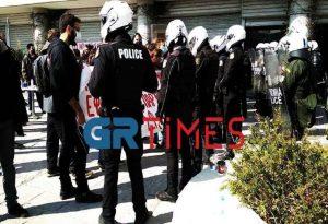 ΑΠΘ: Μεταξύ των προσαχθέντων ο γραμματέας Νεολαίας του ΣΥΡΙΖΑ