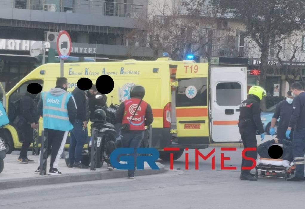 Θεσσαλονίκη: Σύγκρουση μοτοσυκλέτας και ΙΧ – Ένας τραυματίας (ΦΩΤΟ)