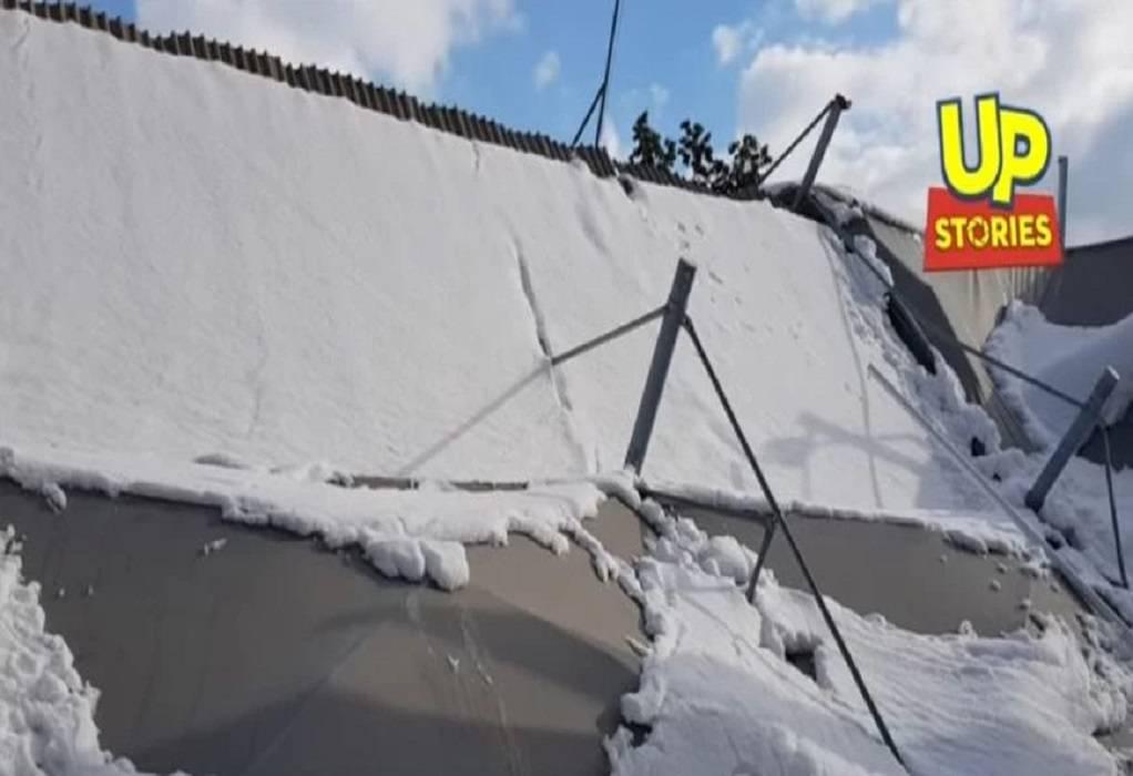 Χαϊδάρι: Κατέρρευσε σκέπαστρο βενζινάδικου από το χιόνι