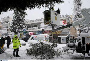 Κακοκαιρία: Σε ποιες περιοχές εντοπίζονται προβλήματα ηλεκτροδότησης