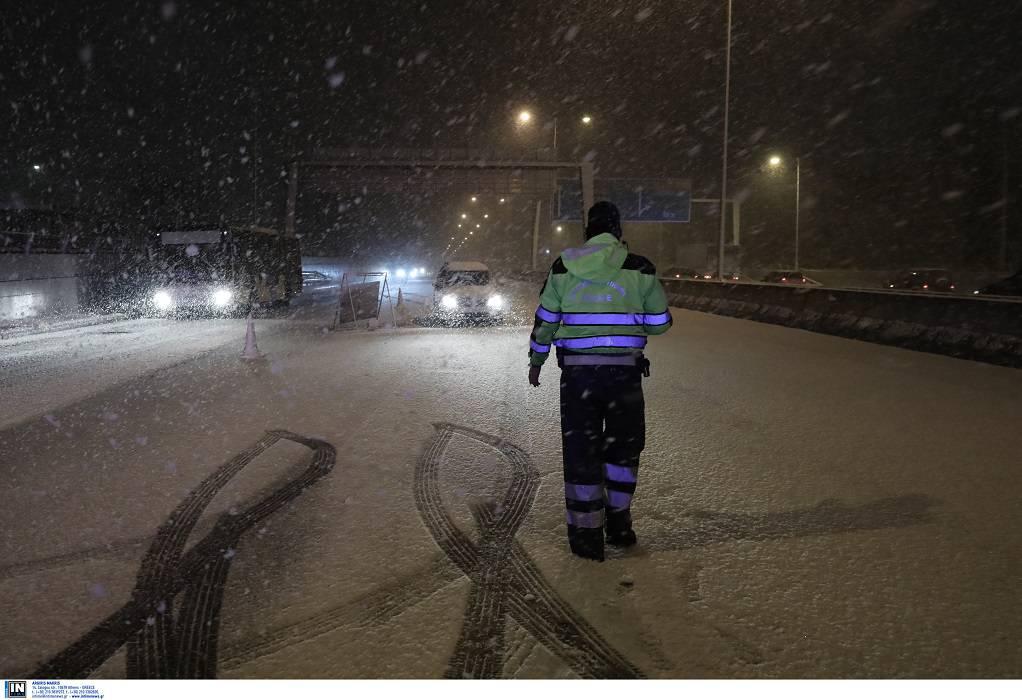 «Μήδεια»: Σε λευκό κλοιό η Αττική-Προβλήματα στους δρόμους