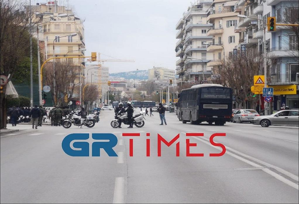 ΑΠΘ: Αποχώρησαν οι αστυνομικοί από το μπλόκο της Ιασωνίδου (VIDEO)