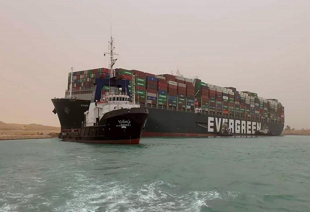 Αίγυπτος: 321 τα εγκλωβισμένα πλοία στη Διώρυγα Σουέζ