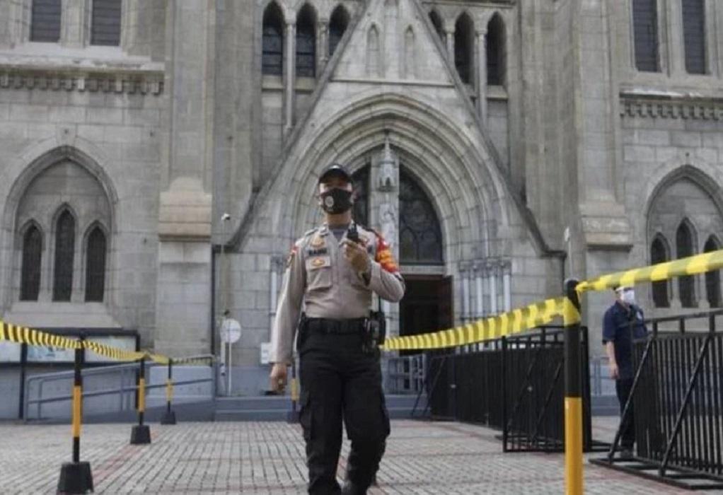 Ινδονησία: Αιματηρή έκρηξη έξω από εκκλησία