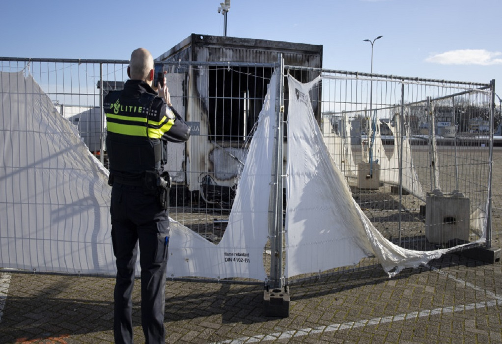 Ολλανδία: Έκρηξη σε κέντρο όπου διενεργούνται τεστ Covid