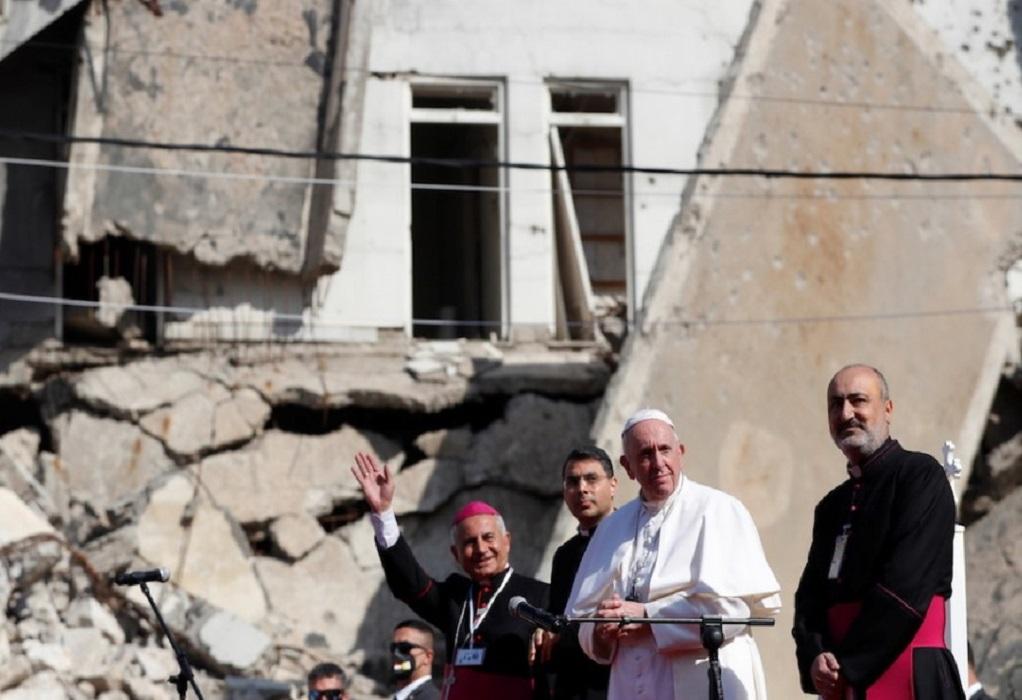 Ο πάπας στην κατεστραμμένη από τους τζιχαντιστές Μοσούλη