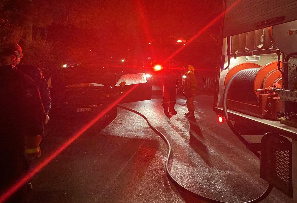 Αττική: Κλειστοί δρόμοι στον Ασπρόπυργο – Καίγονται λάστιχα