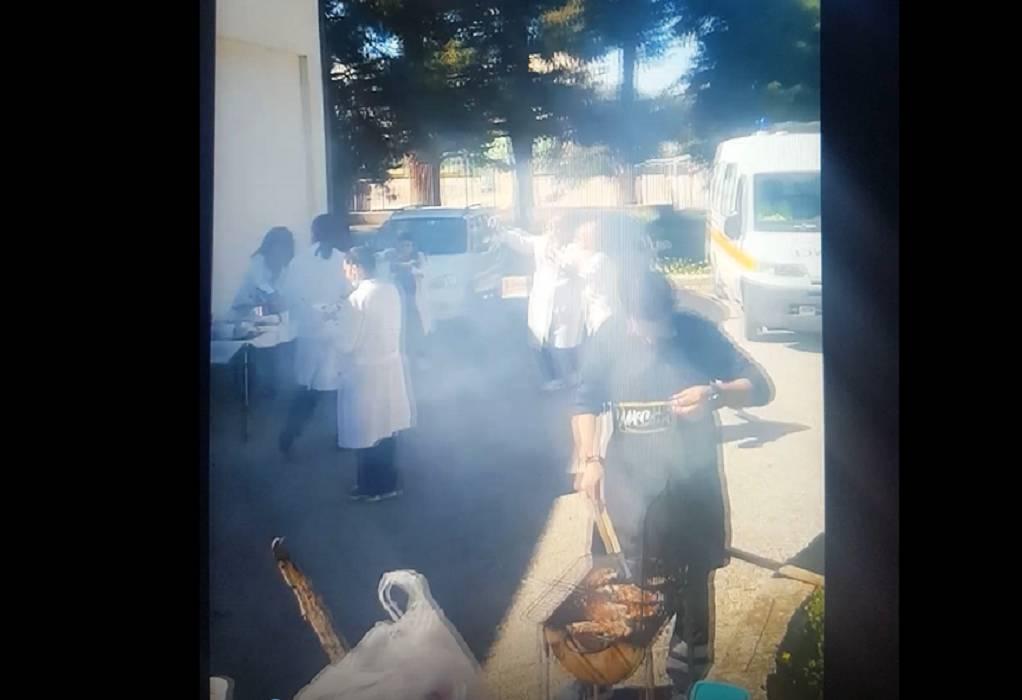 «Έστησαν» κορωνοπάρτι στο Κέντρο Υγείας Γαλατά (VIDEO)