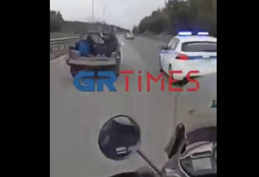Καρέ καρέ η καταδίωξη ληστών από περιπολικό και μηχανές ΔΙΑΣ στην Περιφερειακή οδό (VIDEO)