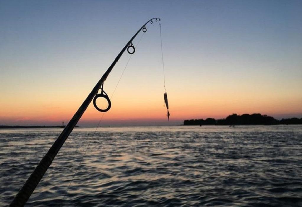 """Στο Σύνταγμα την Κυριακή οι """"αγανακτισμένοι"""" ερασιτέχνες αλιείς"""