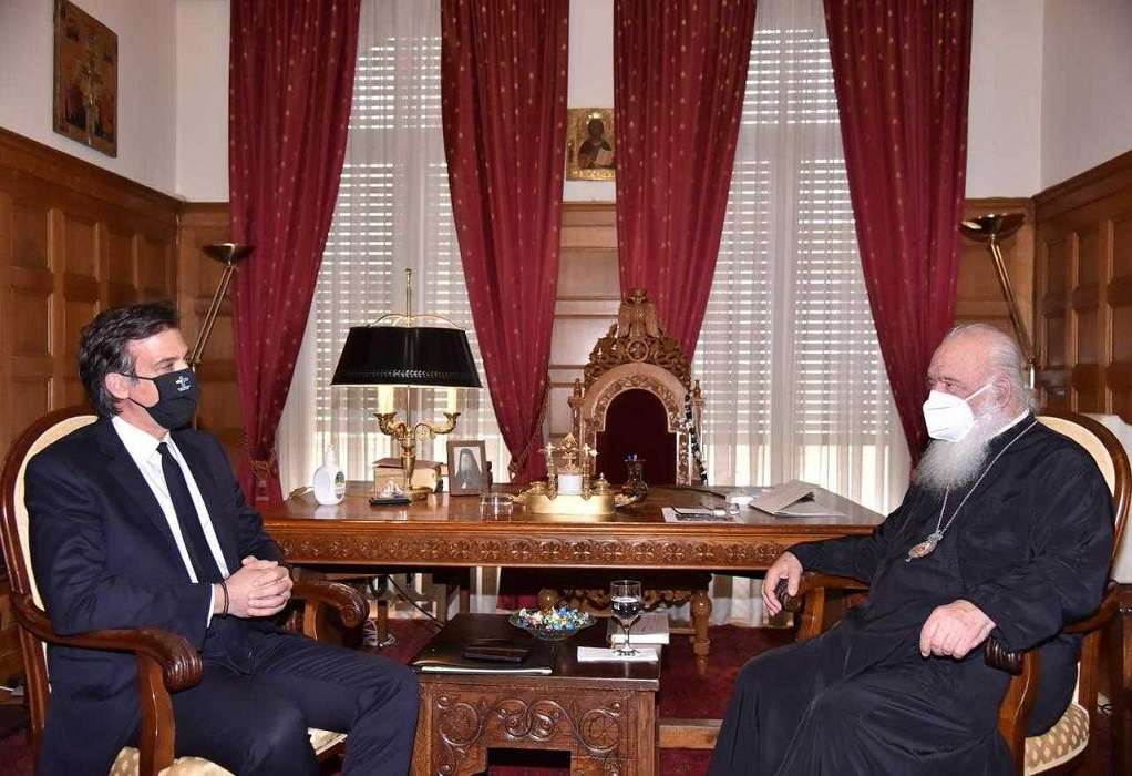 Συνάντηση Π. Αρκουμανέα με τον Αρχιεπίσκοπο Ιερώνυμο