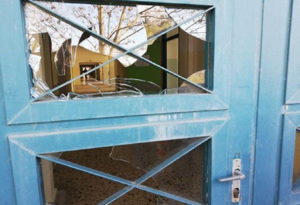 Άγνωστοι προκάλεσαν καταστροφές στο 3ο γυμνάσιο Θέρμης (ΦΩΤΟ)
