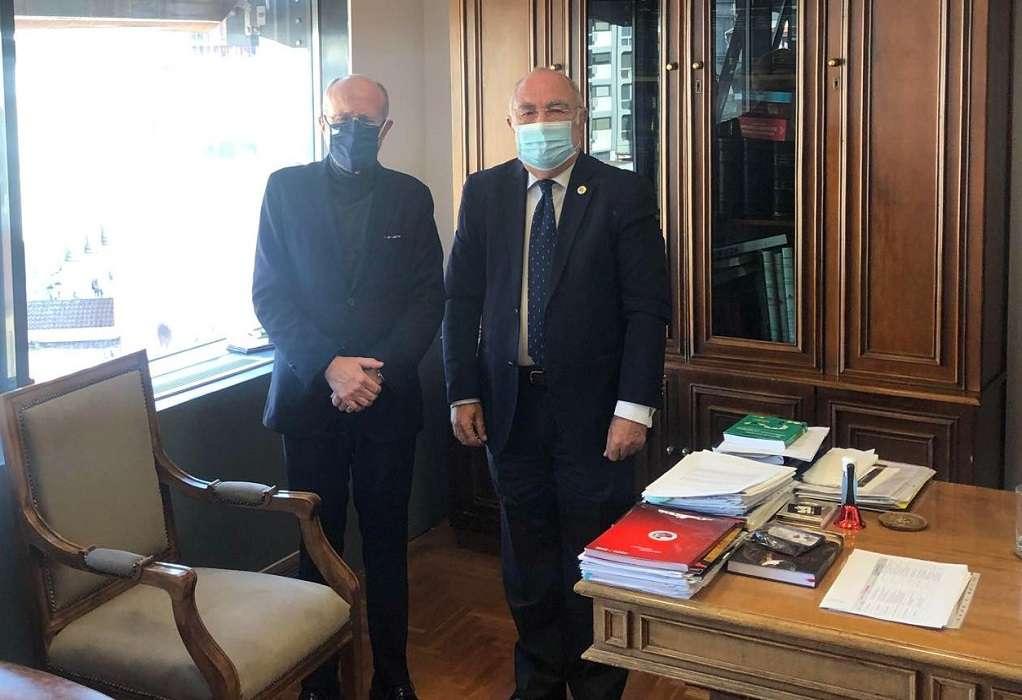 Με τον πρόεδρο του Εμπορικού Συλλόγου Θεσσαλονίκης συναντήθηκε ο Δ. Βαρτζόπουλος