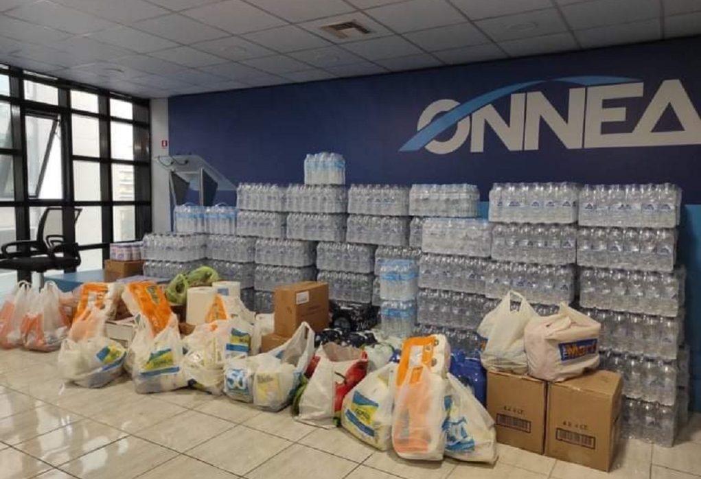 Είδη πρώτης ανάγκης για τους σεισμόπληκτους της Λάρισας συγκεντρώνουν οι νέοι της ΝΔ