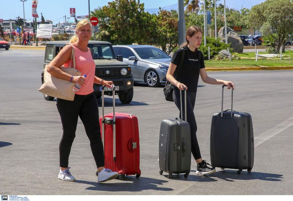 Τουρισμός – Νησιά: Αβεβαιότητα και άνοιγμα δίχως κρατήσεις