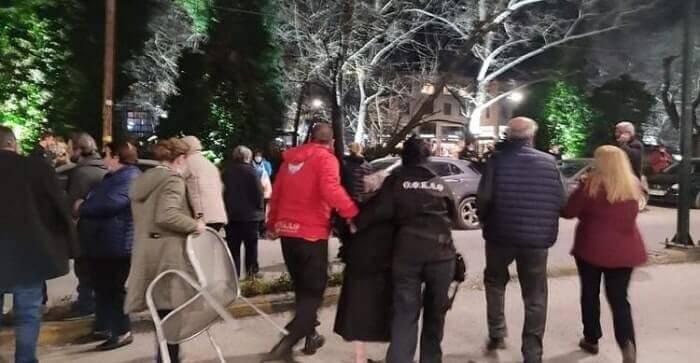 Σεισμός Ελασσόνα: Δεύτερη νύχτα αγωνίας για τη Θεσσαλία, φωτογραφία-1