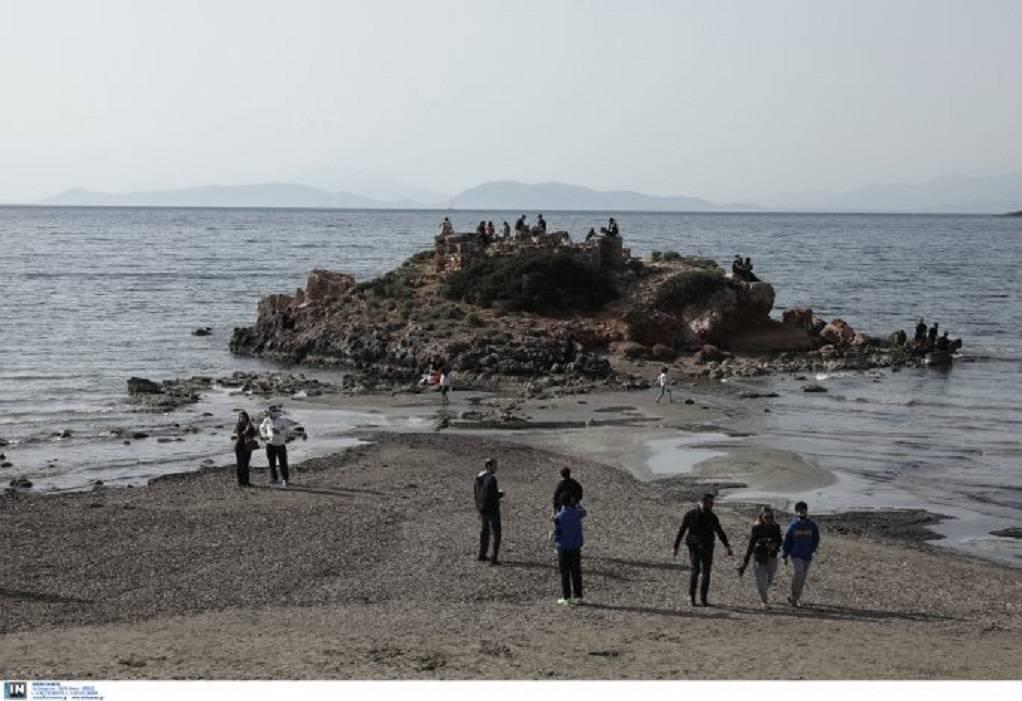 Καβούρι: Υποχώρησε η στάθμη της θάλασσας