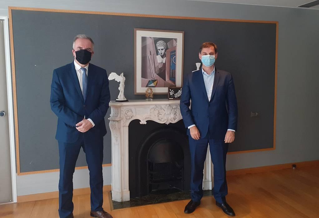 Συνάντηση Καλαφάτη με τον υπουργό Τουρισμού